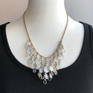 Jewelry - swirly quartz mini teardrop statement necklace
